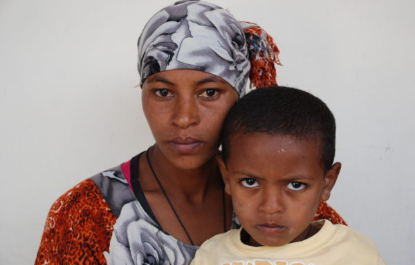Nahom and his Mom, Bezawit:EHE087