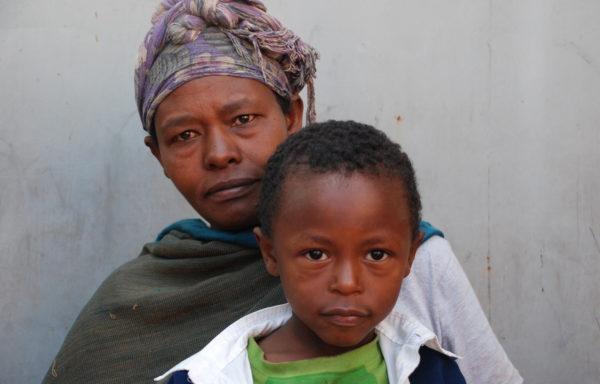 Ermiyas and his Mom, Zerfey: EHE090