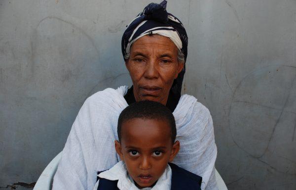 Abenezer and his Grandma, Ageritu: EHE206