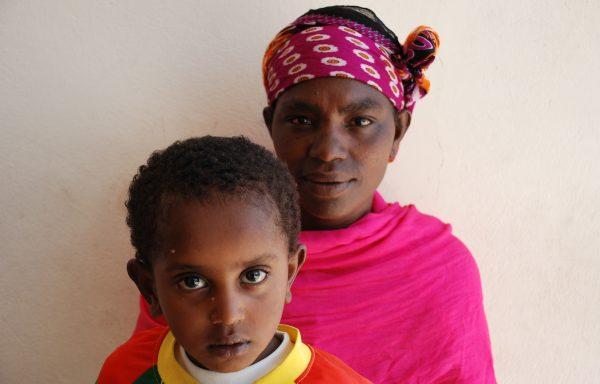 Manaye and his Mom, Chekole: EHE262